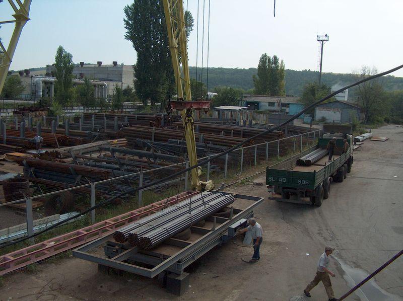 Погрузка металла на складе №1